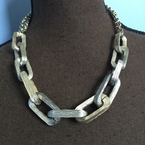 Simply Vera Chunky Chain Statement Necklace